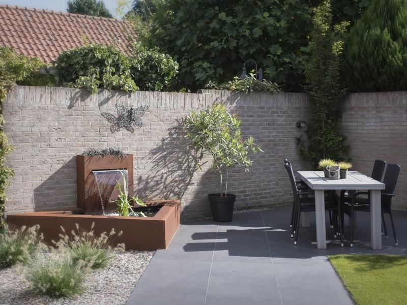 Fam Jans Boekel – Een kleine tuin praktisch indelen en optisch vergroten