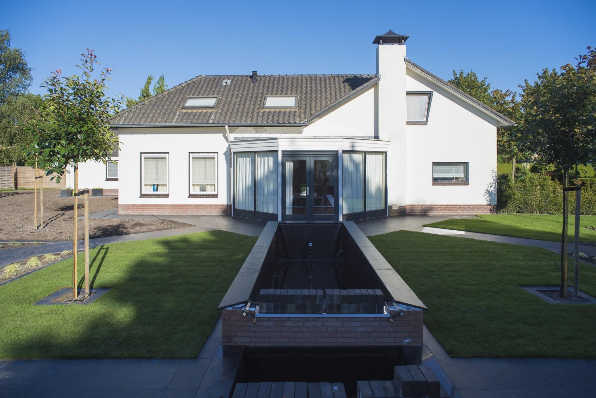 Fam bontrup landhorst moderne tuin met verdiept terras en